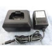 ЗУ YAESU CD-12C для VX-10